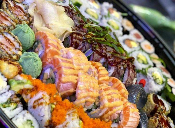 Bunte Sushi Platte